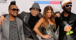 Black eyed peas arrive at the american music award