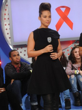 alicia keys promotes world aids day