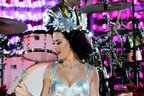 Image 3: katy perry performing