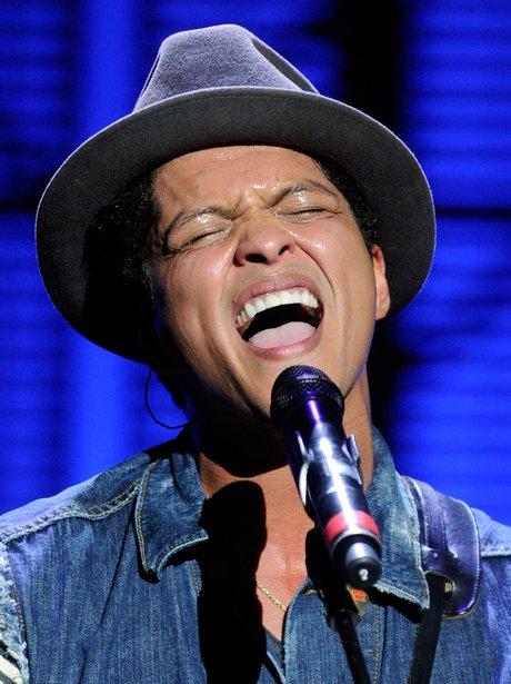 Bruno Mars Bruno Mars Performs Live Capital