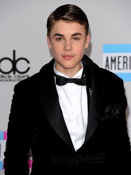 Justin Bieber American Music Awards 2011