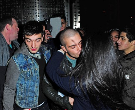 The Wanted mobbed by fans in New York