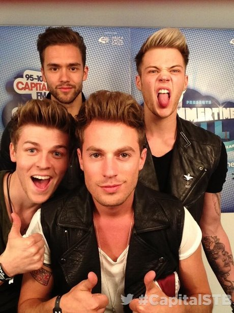 Lawson At The Summertime Ball 2013 Twitter Mirror