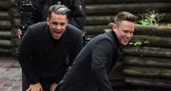 Murs and Robbie Williams Filming video