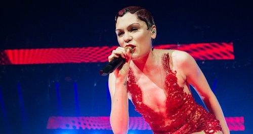 Jessie J - 'Thunder' (Live Performance, Jingle Bell Ball ...
