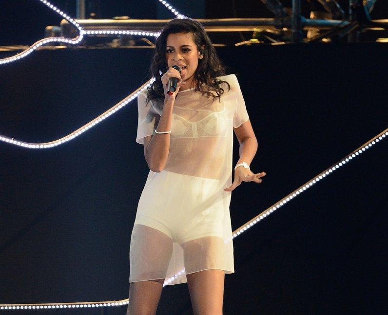 Aluna Francis BRIT Awards 2014 Performance