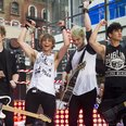 5 Seconds Of Summer  on stage