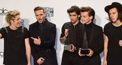 One Direction American Music Awards 204