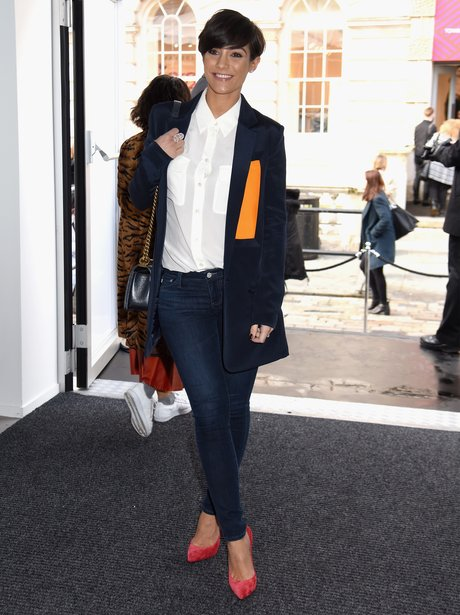 Pregnant Frankie Sandford Kept It Chic And Casual To Attend The J Js Lee Show This Capital
