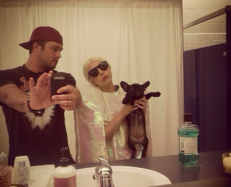 Plus even when Lady Gaga's dolled up to the nines, Taylor ...