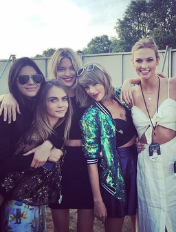 Kendall, Cara, Taylor, Gigi and Karli