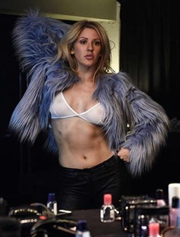 Ellie Goulding flaunts abs in sultry Instagram pos